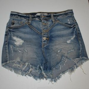 KanCan Estilo Cut Off Destressed Jean Shorts